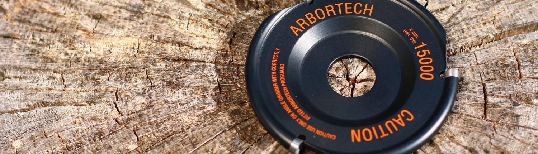 Mit dem Industrial Woodcarver hat Arbortech ein Werkzeug im Programm mit den sich ausgezeichnet Holz bearbeiten lässt.