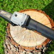 Der arbotech Powerchisel ist ein elektrischer Schnitzmeißel der vielseitig eingesetzt werden kann
