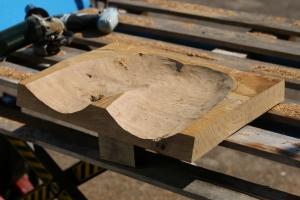 Sitzplatte für Hocker fräsen